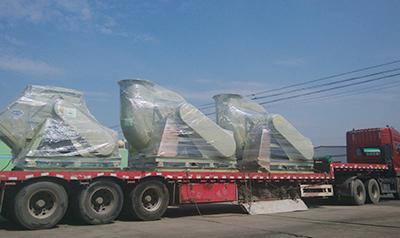 发往新疆的3台玻璃钢爱博体育登录发货啦