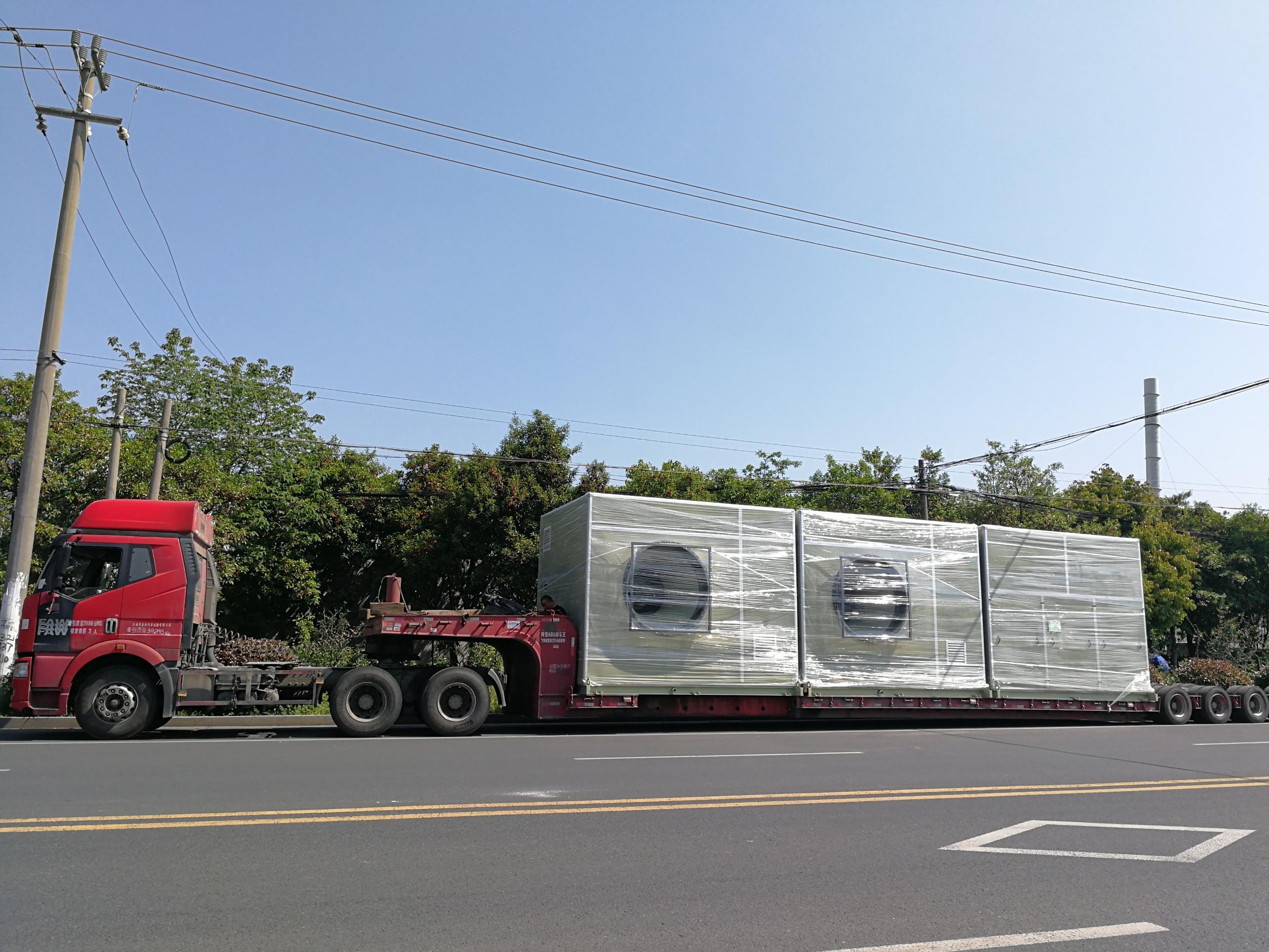 苏州顶裕3台玻璃钢隔音箱爱博体育登录发往杭州垃圾压缩中转站的除臭项目